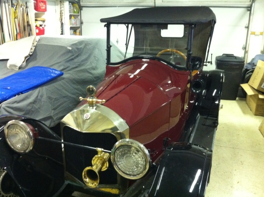 This Scripps-Booth Model C (owned and lovingly cared for by James Scripps Booth's own grandson, Tom Booth) features a 4-cylinder engine and a rear-mounted spare tire that Tom says is easier to use than even modern spares.