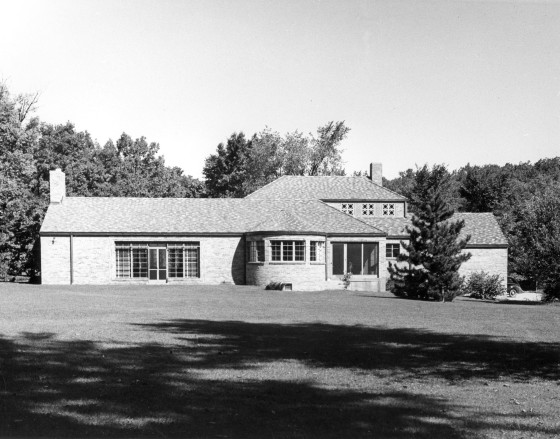 Thornlea Studio, designed by architect Henry Scripps Booth.  Cranbrook Archives.