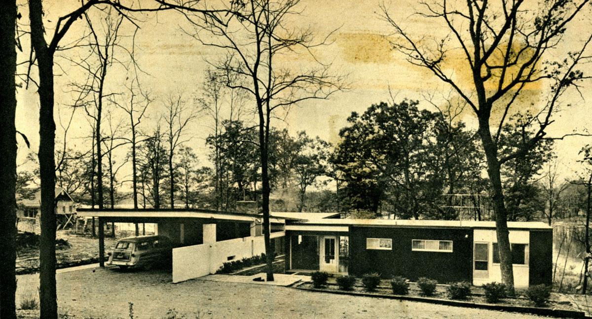 View of Buckner House from the drive above, circa 1955. Courtesy Liz Buckner. Detroit Free Press/Ray Pillsbury.