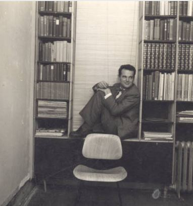 Charles Eames, settling in for the evening during a house party thrown by Eero Saarinen, circa 1950. Margueritte Kimball Papers, Cranbrook Archives.
