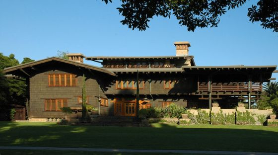 Gamble House, built by Green and Green from 1908 to 1909. Pasadena, California.