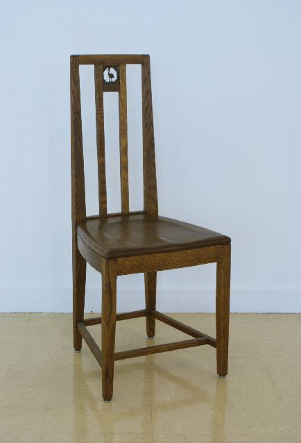 Cranbrook School Dining Hall side chair, designed by Eliel Saarinen in 1928.