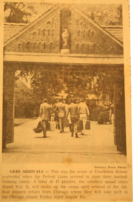 Detroit Lions players and coaching staff arrive at Cranbrook School for training camp. Pontiac Press, date unknown.