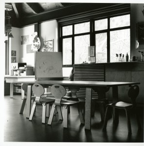 Art Room, Early Childhood Center at Brookside School, 1997. Chairs designed by Dan Hoffman, Cranbrook Architecture Office. Photograph copyright Christina Capetillo.