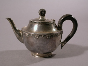 Silver Teapot, 1929. Designed and executed by Margaret Biggar. Image Courtesy Cranbrook Art Museum (CAM 1933.45).