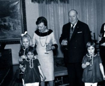 Greta Skogster and William Lehtinen and family