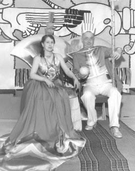 Loja and Eliel Saarinen at Crandemonium Ball Feb 1934 Copyright Cranbrook Archives
