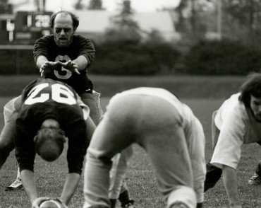 Cranbrook grabbed an early lead on the swift running of Nick Vettraino and the spectacular pass catching of Dick Ewen. But the Hog Butchers kept fighting back.
