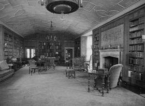 Cranbrook House library, 1920.